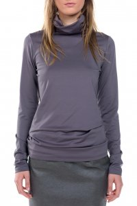 Wild turtleneck pullover - Sisters Code by SBC